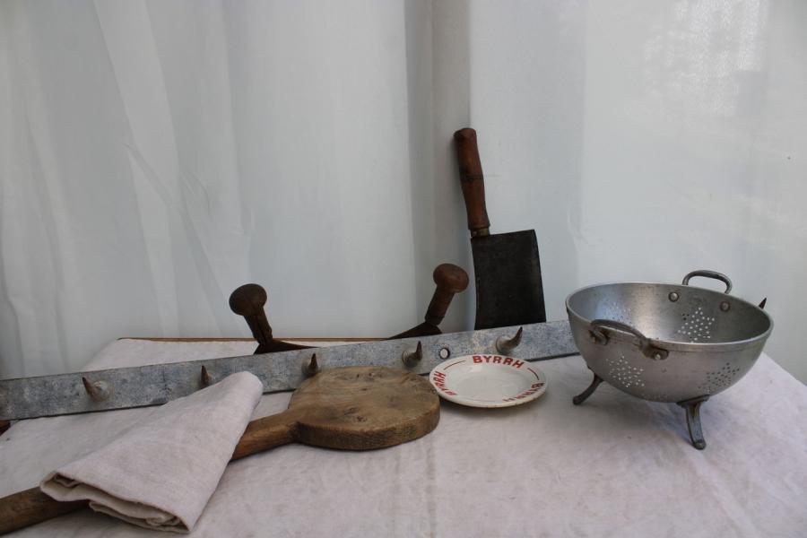 Ancien crochet de boucher