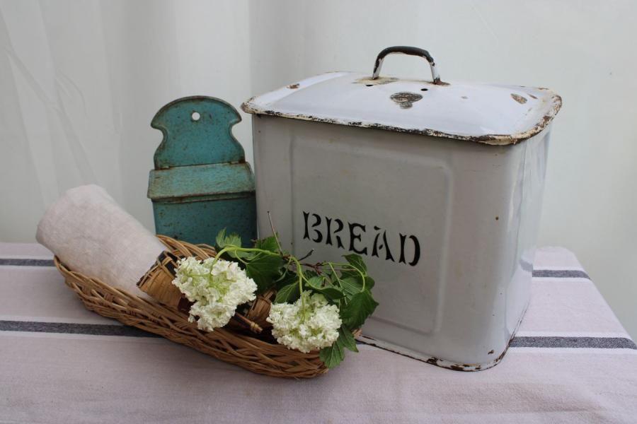 Boîte à pain