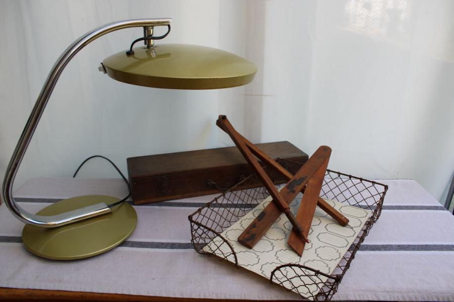 Ancienne bannette en métal