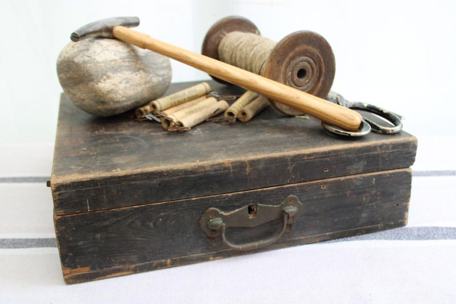 Ancienne boîte de rangement